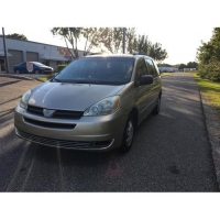 zSOLD!!!   Toyota Sienna LE 2004.   $4500